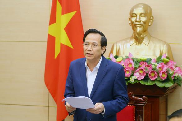 Lên phương án đưa 112 lao động Việt Nam mắc COVID-19 về nước - Ảnh 1.