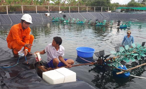 Miền Nam cảnh báo an toàn điện mùa mưa bão - Ảnh 1.
