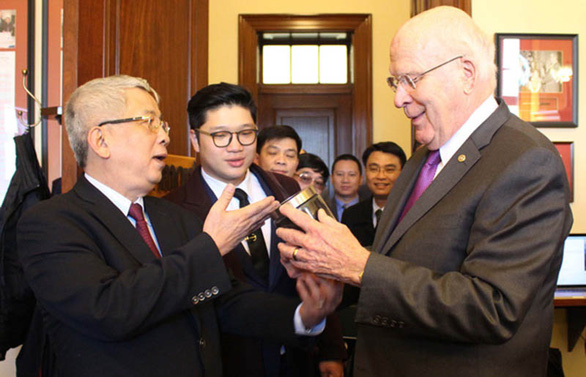 25 năm quan hệ ngoại giao Việt - Mỹ - Kỳ 4: Thượng nghị sĩ Leahy và chị Thảo - Ảnh 1.