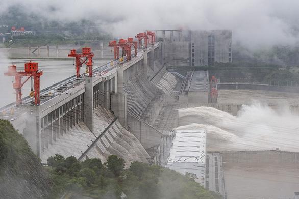 Tỉnh Giang Tây, Trung Quốc nâng cảnh báo mức cao nhất, lũ lớn sắp ập về - Ảnh 4.
