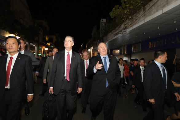 Mỹ khẳng định sát cánh cùng Việt Nam giải quyết hòa bình vấn đề Biển Đông - Ảnh 2.