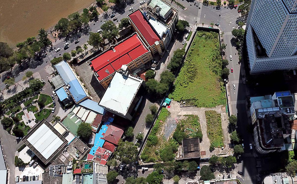 Sai phạm của ông Vũ Huy Hoàng và bà Hồ Thị Kim Thoa liên quan đất vàng 4 mặt tiền ở quận 1 - Ảnh 1.