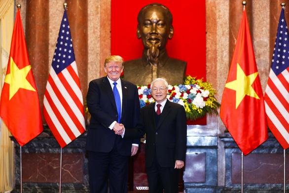 Mỹ khẳng định sát cánh cùng Việt Nam giải quyết hòa bình vấn đề Biển Đông - Ảnh 1.