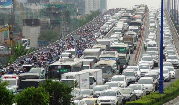 TP.HCM sẽ thu phí ôtô vào trung tâm thành phố giai đoạn 2021-2025 - Ảnh 2.