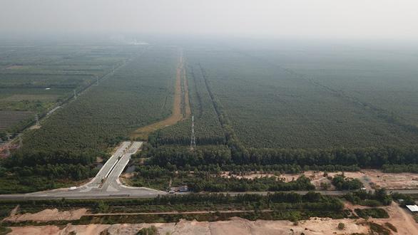 Long An muốn chuyển đổi phần lớn đất khu xử lý rác liên vùng sang mục đích khác - Ảnh 1.