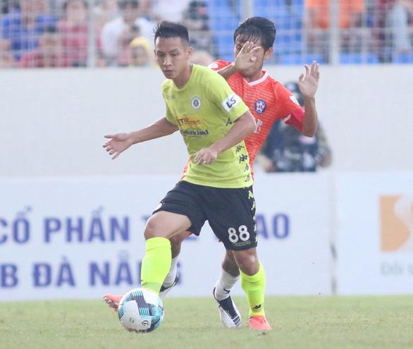 CLB Hà Nội lại không thắng trong ngày Hùng Dũng đoạt bàn thắng của Văn Quyết - Ảnh 3.