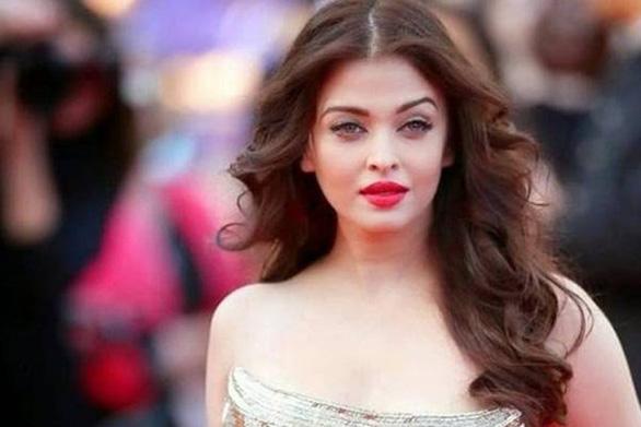 Cả gia đình 'hoa hậu đẹp nhất trong các hoa hậu' Aishwarya Rai nhiễm virus corona - Ảnh 4.