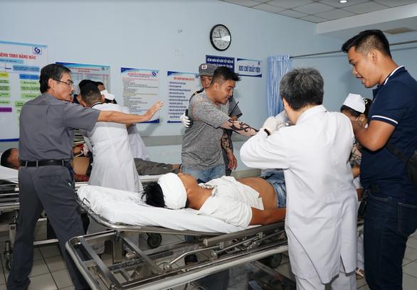 Chỉ 5 phút, giải tán 20 côn đồ ẩu đả náo loạn Bệnh viện Gia Định - Ảnh 1.