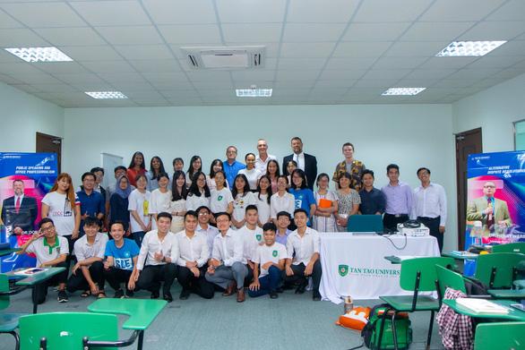 Trường Đại học Tân Tạo: Đào tạo các doanh nhân 'chuẩn' quốc tế - Ảnh 2.