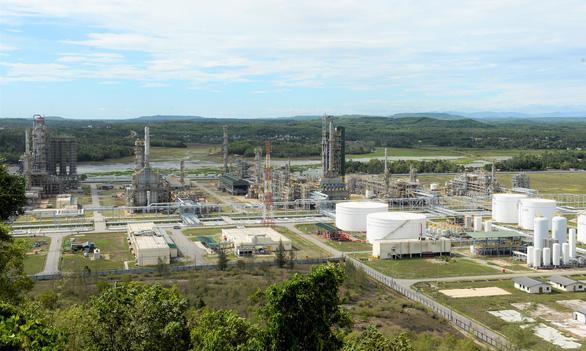 Giá dầu xuống thấp, kinh doanh của Lọc dầu Dung Quất bao giờ phục hồi? - Ảnh 1.