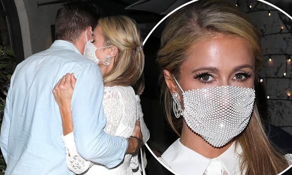 Paris Hilton gây bão: Tuyên bố tranh cử tổng thống Mỹ, sơn Nhà Trắng thành Nhà Hồng - Ảnh 2.