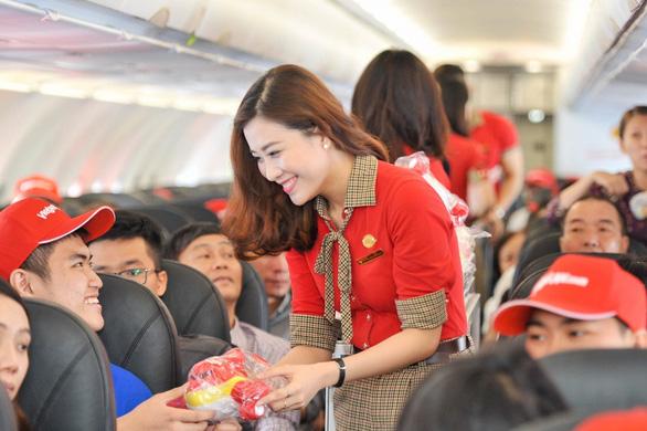 Vietjet mở bán vé giá rẻ ở 13 đường bay Xứ sở Chùa Vàng - Ảnh 1.