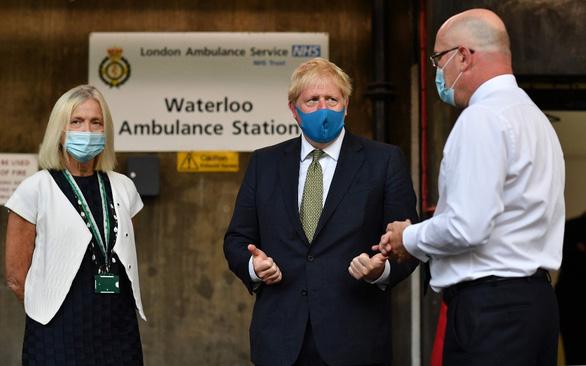 Viện hàn lâm: Làn sóng COVID-19 thứ hai có thể giết 120.000 người ở Anh - Ảnh 1.