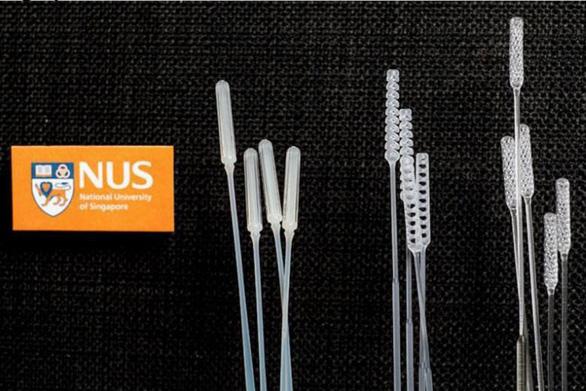 Singapore sản xuất que xét nghiệm COVID-19 bằng công nghệ in 3D và ép phun - Ảnh 1.