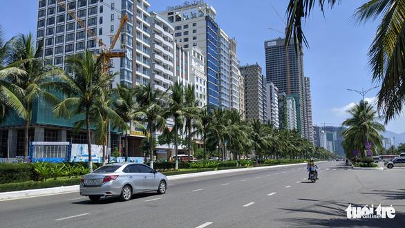 Nhiều khách sạn tại Đà Nẵng rao bán sau mùa dịch COVID-19 - Ảnh 1.