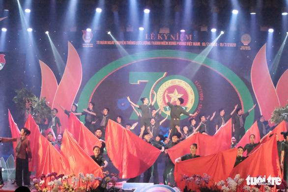 Thủ tướng Nguyễn Xuân Phúc: Nơi gian khổ, khó khăn, có thanh niên xung phong - Ảnh 2.