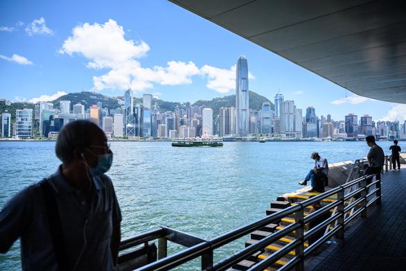 Trung Quốc thề trả đũa sau khi ông Trump thông qua Đạo luật tự trị Hong Kong - Ảnh 1.