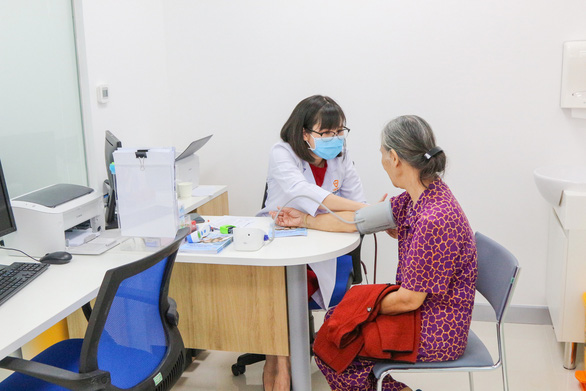 Kịp thời mang vắcxin về vùng dịch Tây Nguyên - Ảnh 3.