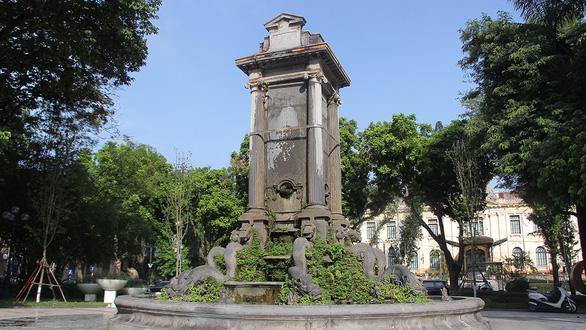 Đài phun nước gần 120 năm tuổi tại vườn hoa Con Cóc chờ lột xác - Ảnh 1.
