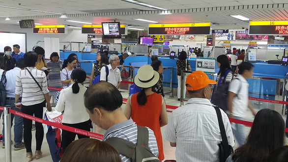 Đường bay Việt Nam - Trung Quốc chưa thực hiện cho khách du lịch - Ảnh 1.