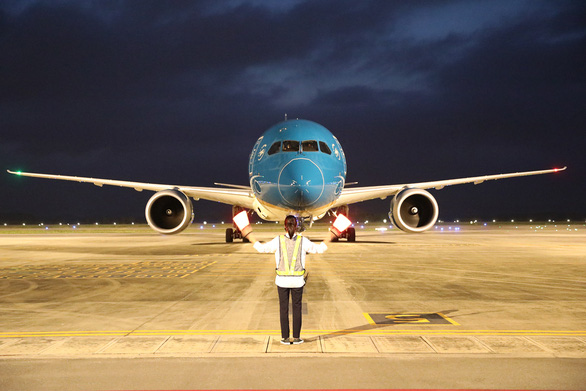 Kiến nghị Thủ tướng cho bay quốc tế thường lệ đến 6 khu vực ưu tiên - Ảnh 1.