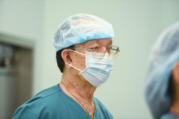 GS.BS Trần Đông A: Ca mổ cặp song sinh sẽ là dấu mốc lịch sử ngành y Việt Nam - Ảnh 1.