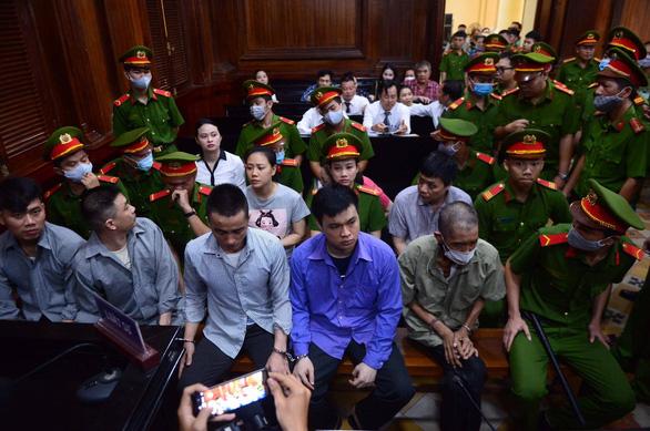 Trùm ma túy Văn Kính Dương và hot girl Ngọc Miu tiếp tục hầu tòa - Ảnh 3.