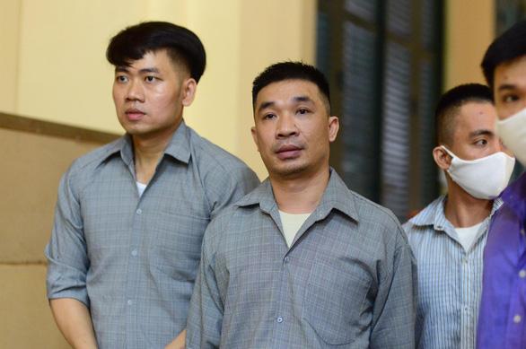 Trùm ma túy Văn Kính Dương và hot girl Ngọc Miu tiếp tục hầu tòa - Ảnh 1.