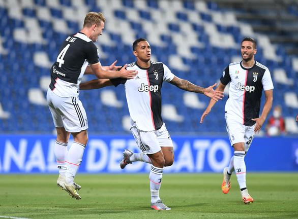 Ronaldo tịt ngòi, Juventus đánh rơi chiến thắng trước Sassuolo dù dẫn trước 2-0 - Ảnh 1.