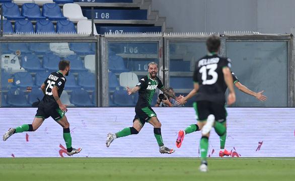 Ronaldo tịt ngòi, Juventus đánh rơi chiến thắng trước Sassuolo dù dẫn trước 2-0 - Ảnh 2.