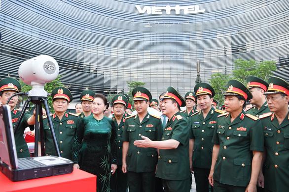 Chủ tịch Quốc hội: Viettel cần nâng hạng về viễn thông ở châu Á - Ảnh 2.
