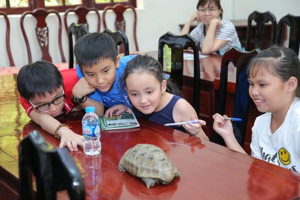 Giáo dục trẻ yêu thiên nhiên qua hoạt động trồng cây gây rừng - Ảnh 5.