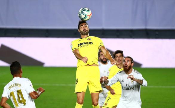 Benzema lập cú đúp đưa Real Madrid lên ngôi vô địch La Liga - Ảnh 4.