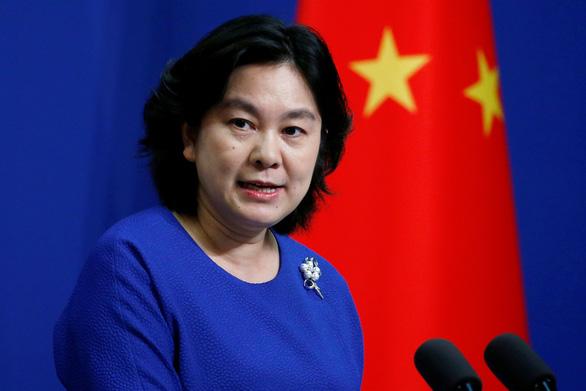 Trung Quốc nói các chính trị gia Mỹ đang mất trí và phát điên - Ảnh 1.