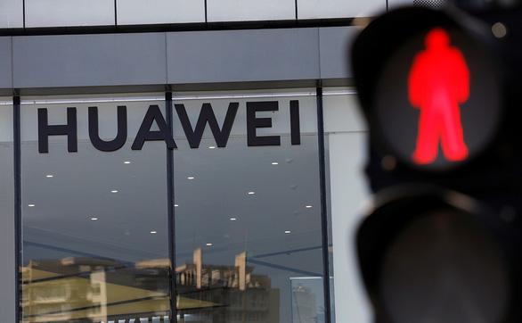 Kẻ thắng người thua khi hất cẳng Huawei - Ảnh 1.