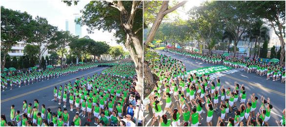 Hơn 2.100 học sinh tham gia Ngày chạy Olympic vì sức khỏe toàn dân với màn đồng diễn ấn tượng - Ảnh 2.