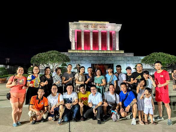 Đi bộ 2 tháng xuyên Việt với ví 0 đồng, gây quỹ xây trường cho trẻ vùng cao - Ảnh 5.