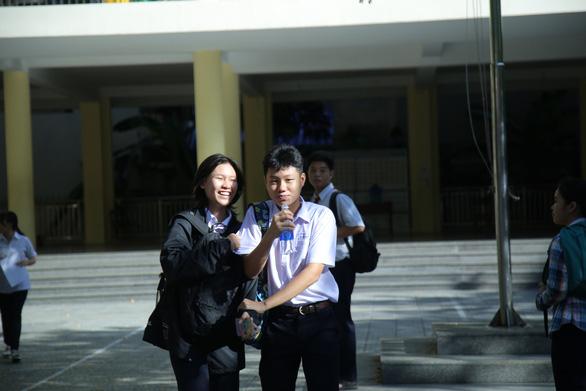 Đề tiếng Anh nhẹ nhàng, thí sinh thi lớp 10 Đà Nẵng thở phào - Ảnh 3.