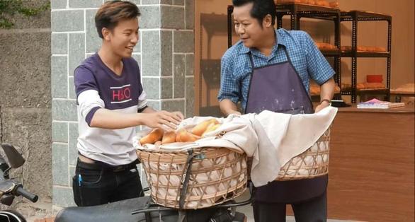Nghệ sĩ Thanh Nam: Từ chủ tiệm bánh Bố là tất cả đến người bán Bánh mì ông Màu - Ảnh 1.