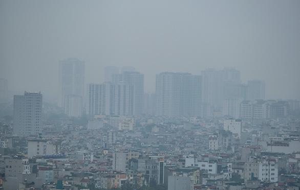Hà Nội hỏa tốc yêu cầu ứng phó ô nhiễm không khí - Ảnh 1.