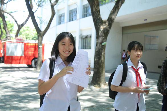 Đề thi Toán lớp 10 Đà Nẵng dài và khó đạt điểm tối đa - Ảnh 5.