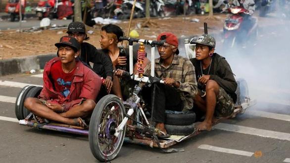 Những chiếc xe Vespa không đụng hàng ở Indonesia - Ảnh 1.