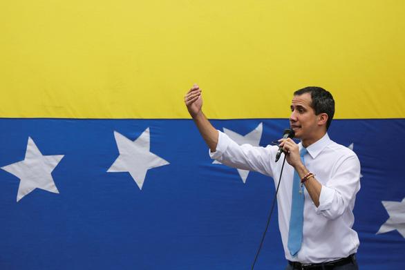 Tòa Anh nói lãnh đạo phe đối lập là tổng thống Venezuela, được nắm số vàng 1 tỉ USD - Ảnh 1.