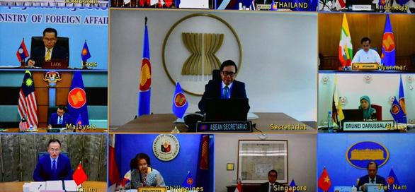 Trung Quốc, ASEAN cam kết tiếp tục đàm phán Bộ quy tắc ứng xử ở Biển Đông - Ảnh 1.