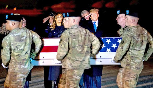 Lính Mỹ ở Afghanistan có bị bỏ rơi? - Ảnh 1.