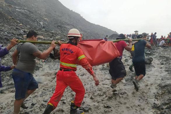 Sạt lở mỏ ngọc bích ở Myanmar, 113 người chết - Ảnh 5.