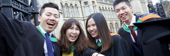 Đại sứ Anh tại Việt Nam: Chính phủ Anh phối hợp các đại học hỗ trợ sinh viên quốc tế - Ảnh 7.