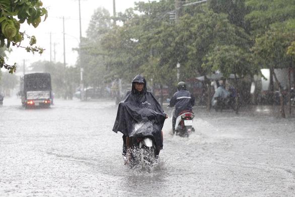 Tháng 7 cả nước mưa nhiều, cuối tháng có thể có bão - Ảnh 1.
