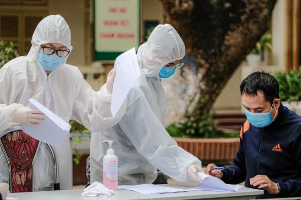 1,4 triệu người đi/đến Đà Nẵng 1 tháng qua, Bộ Y tế yêu cầu các địa phương quyết liệt hơn - Ảnh 1.