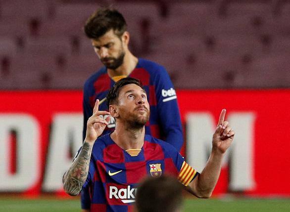 La Liga hạ màn, Messi đoạt cú đúp danh hiệu - Ảnh 1.